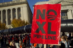 Thousands Protest Keystone XL Pipeline