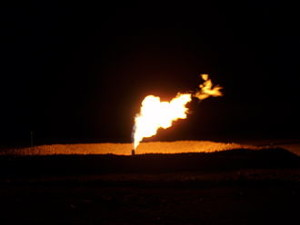 330px-North_Dakota_Flaring_of_Gas