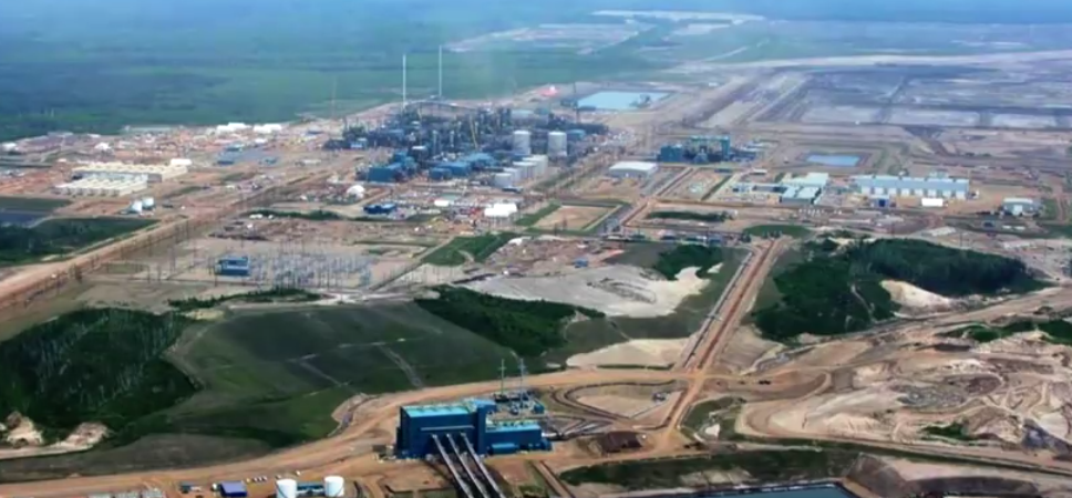 "Despite a new mega-mine opening, the tar sands ""era is over"""