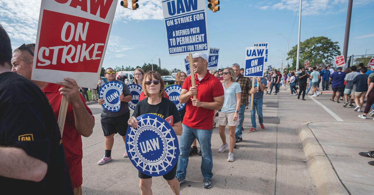 Solidarity with striking United Auto Workers