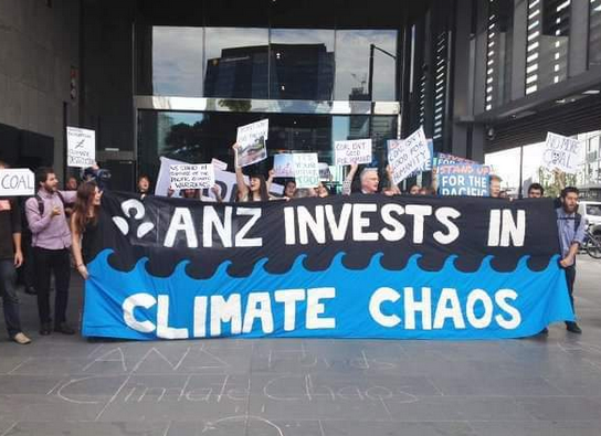 "In Oz, bushfire victims file complaint against bank for financing ""climate wrecking projects"""
