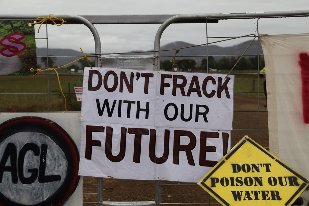"""Fracking """"Could Cause Earthquakes On Up To Half Of Land Licensed In UK"""""""