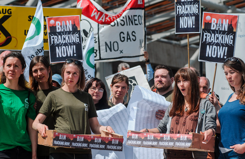 """Yet Another Nail in UK Fracking Industry as Gov. Guidelines Ruled """"Unlawful"""""""