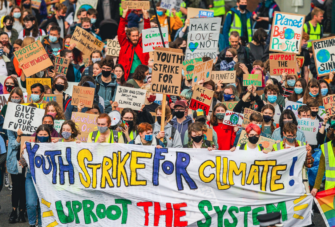 Global Climate Strike builds pressure on politicians to act at COP26